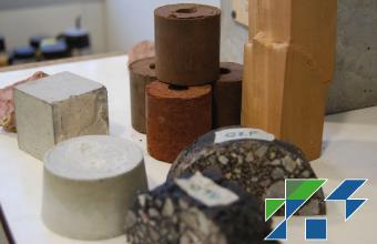 Investigación sobre la cohesión, resistencia y deformación de materiales de pavimento reciclados tratados con asfalto espumado'.