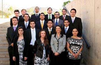 Ingeniería Civil Industrial titula a 20 nuevos profesionales