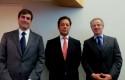 Daniel Contesse, Joaquín Villarino  y Federico Valdés, Rector de la UDD