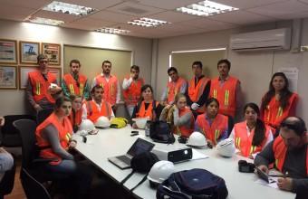 Alumnos de Minería de UDD y Queens inician gira de estudios