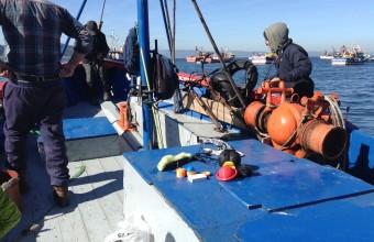 Sensores y colectores autónomos y de bajo costo para el monitoreo ambiental y de dinámica en medio acuático