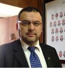 Luis  Donoso
