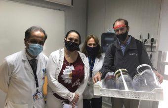 Covid-19: Innovación de la Facultad de Ingeniería dona protectores faciales a Hospital Padre Hurtado